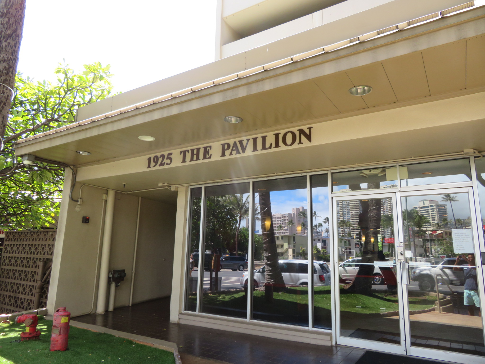 パビリオン・アット・ワイキキ / Pavilion At Waikiki