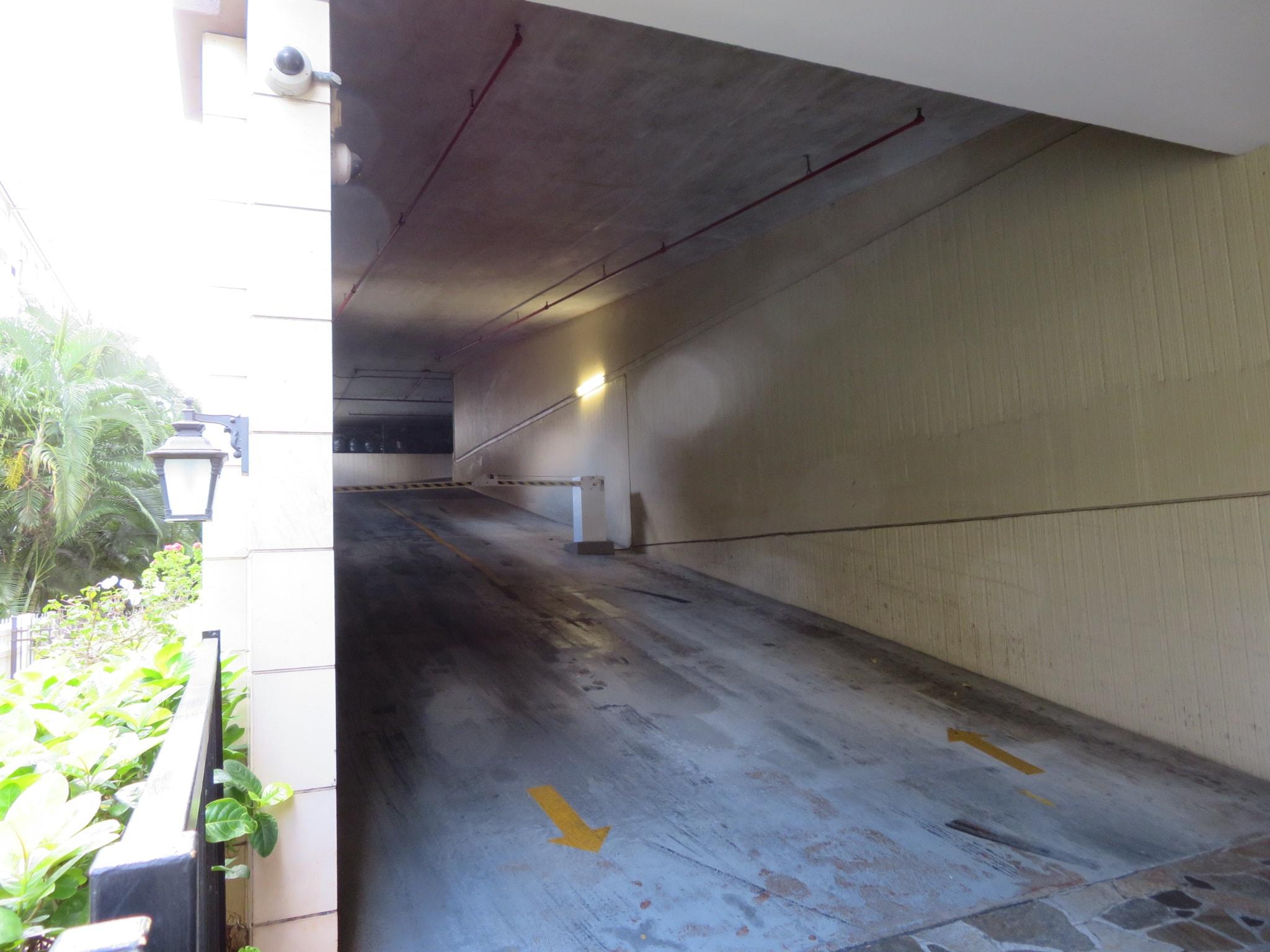ロイヤル・ガーデン・アット・ワイキキ / ROYALGARDEN AT WAIKIKI