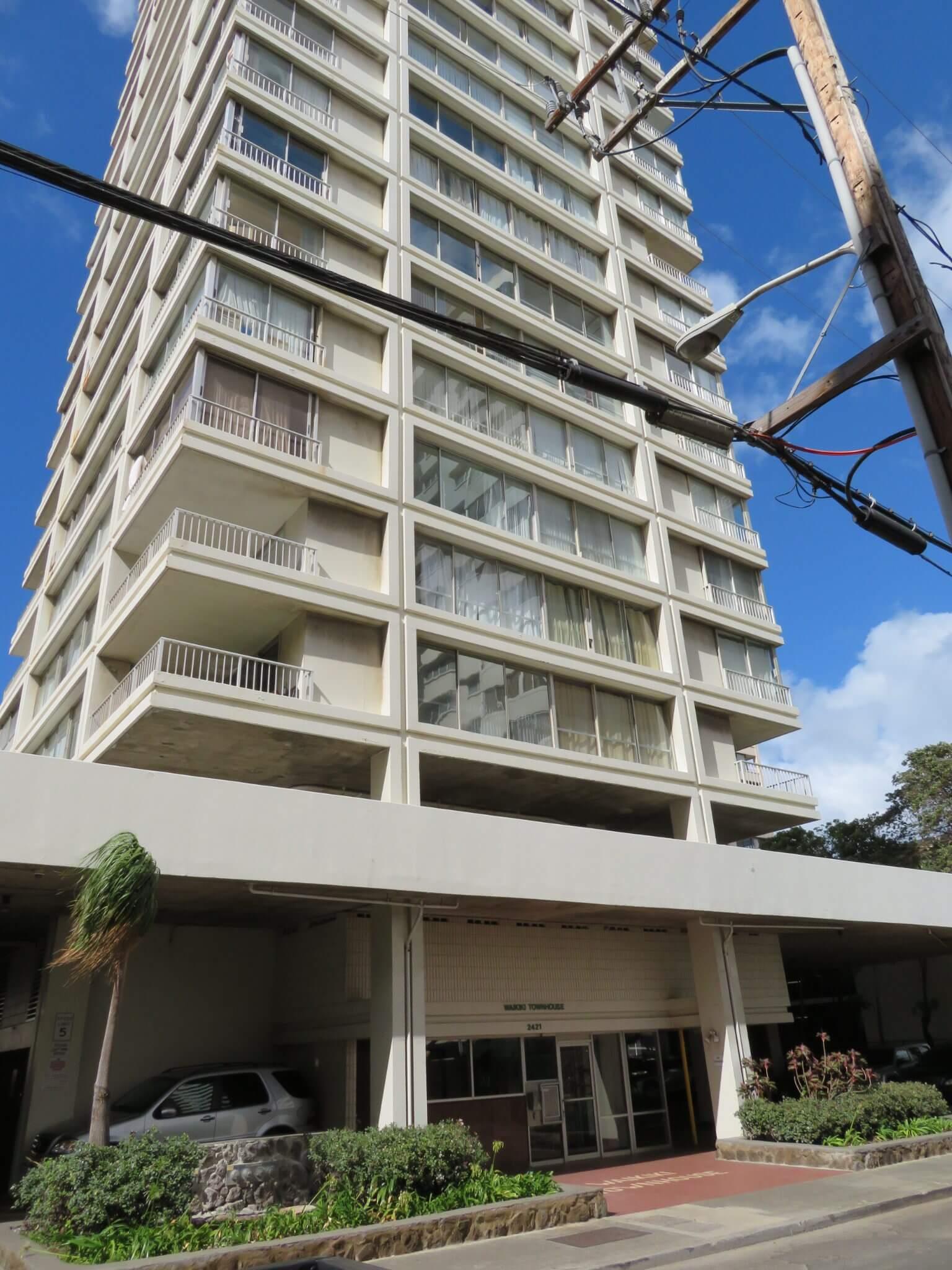 ワイキキ・タウン・ハウス / Waikiki Town House