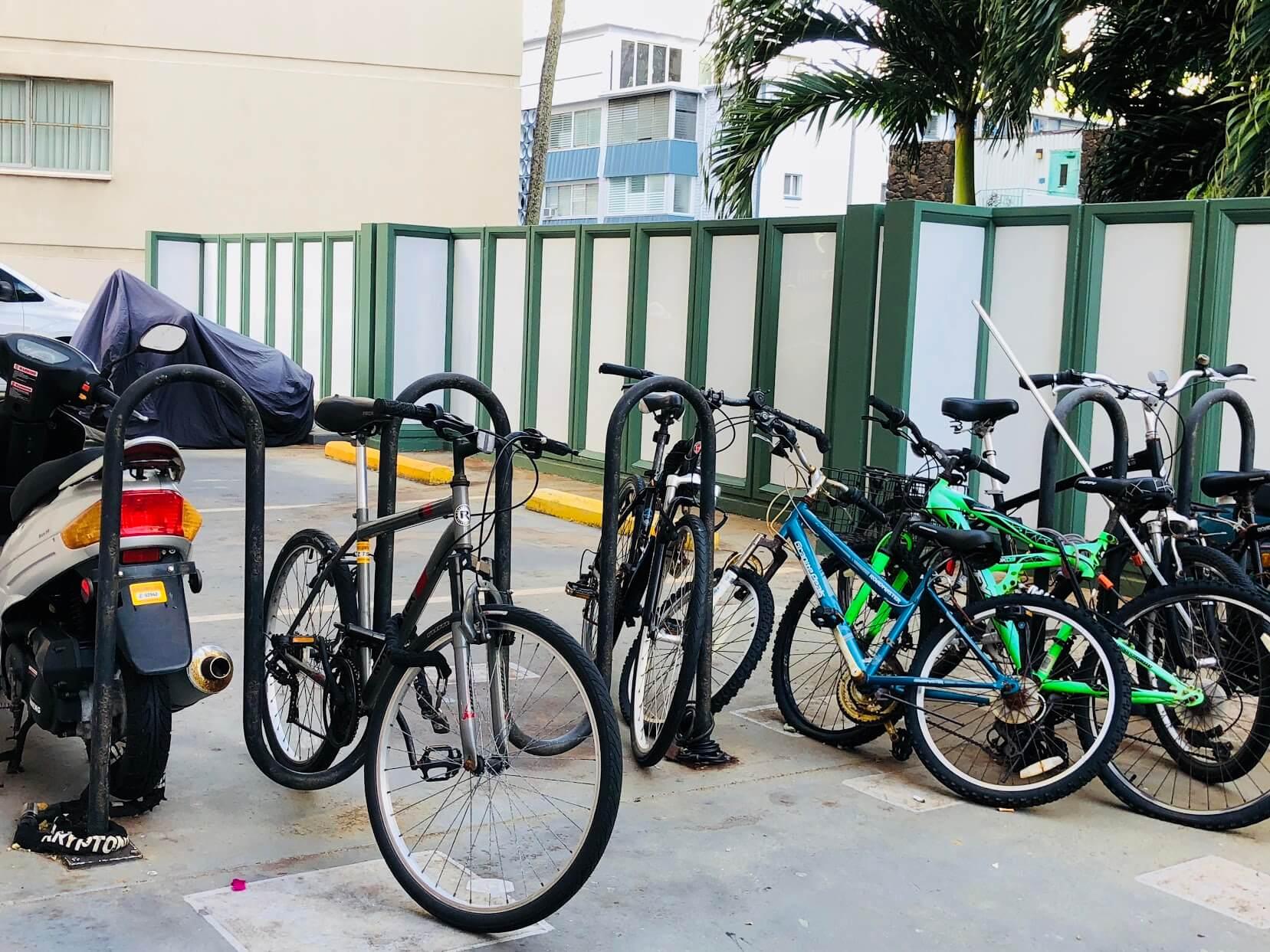 Palmsの自転車置き場
