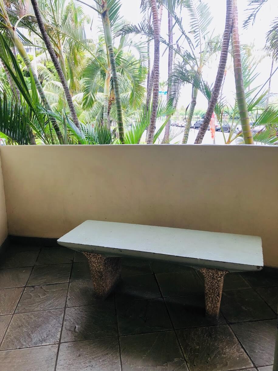 Ala Wailaniのベンチ