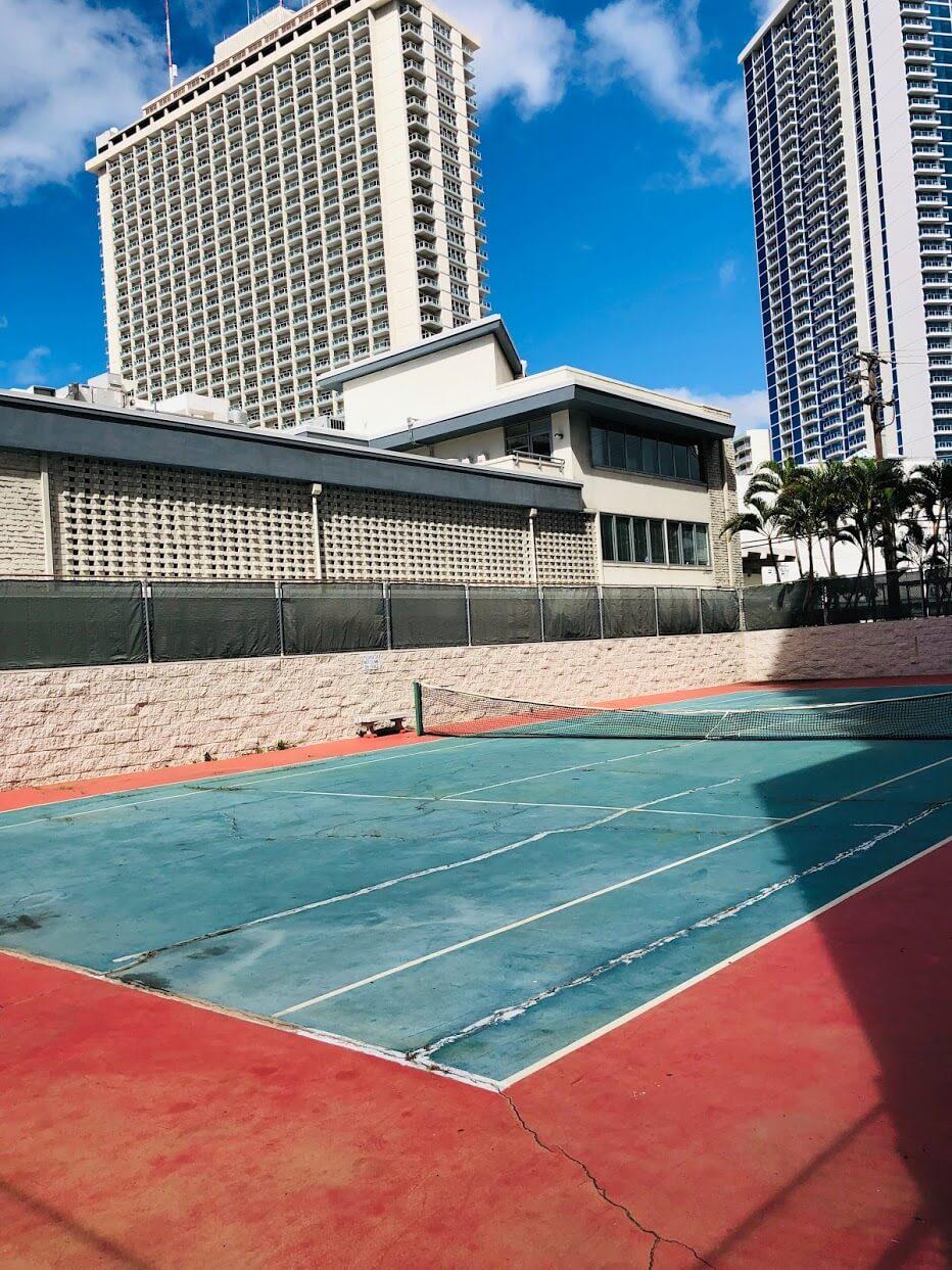 Atkinson Plazaのテニスコート