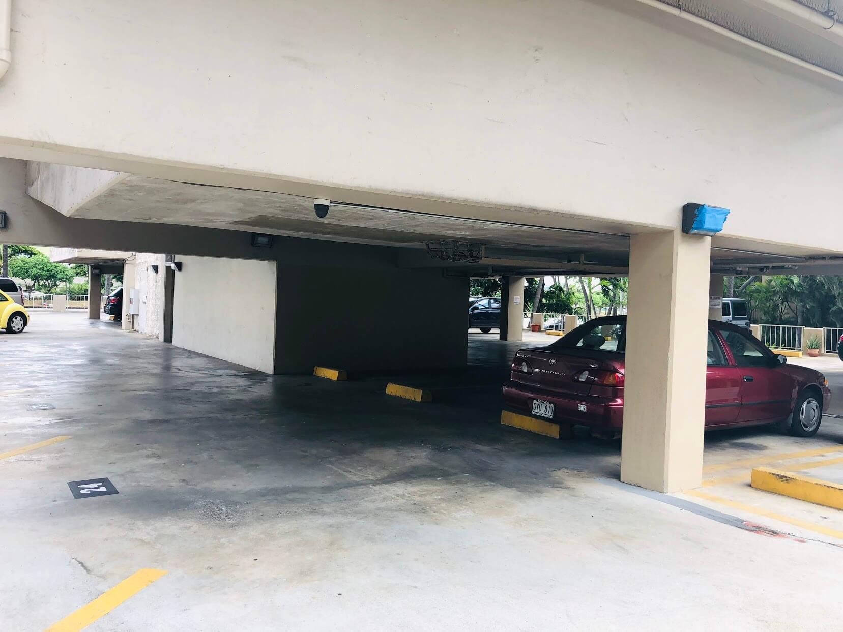 Hale-Moaniの駐車場