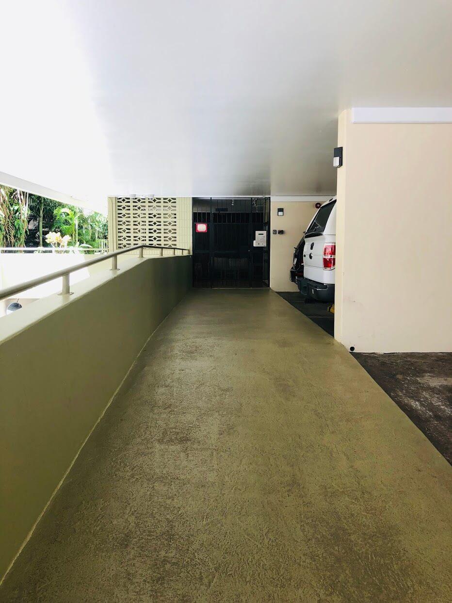 Kailani 440の駐車場