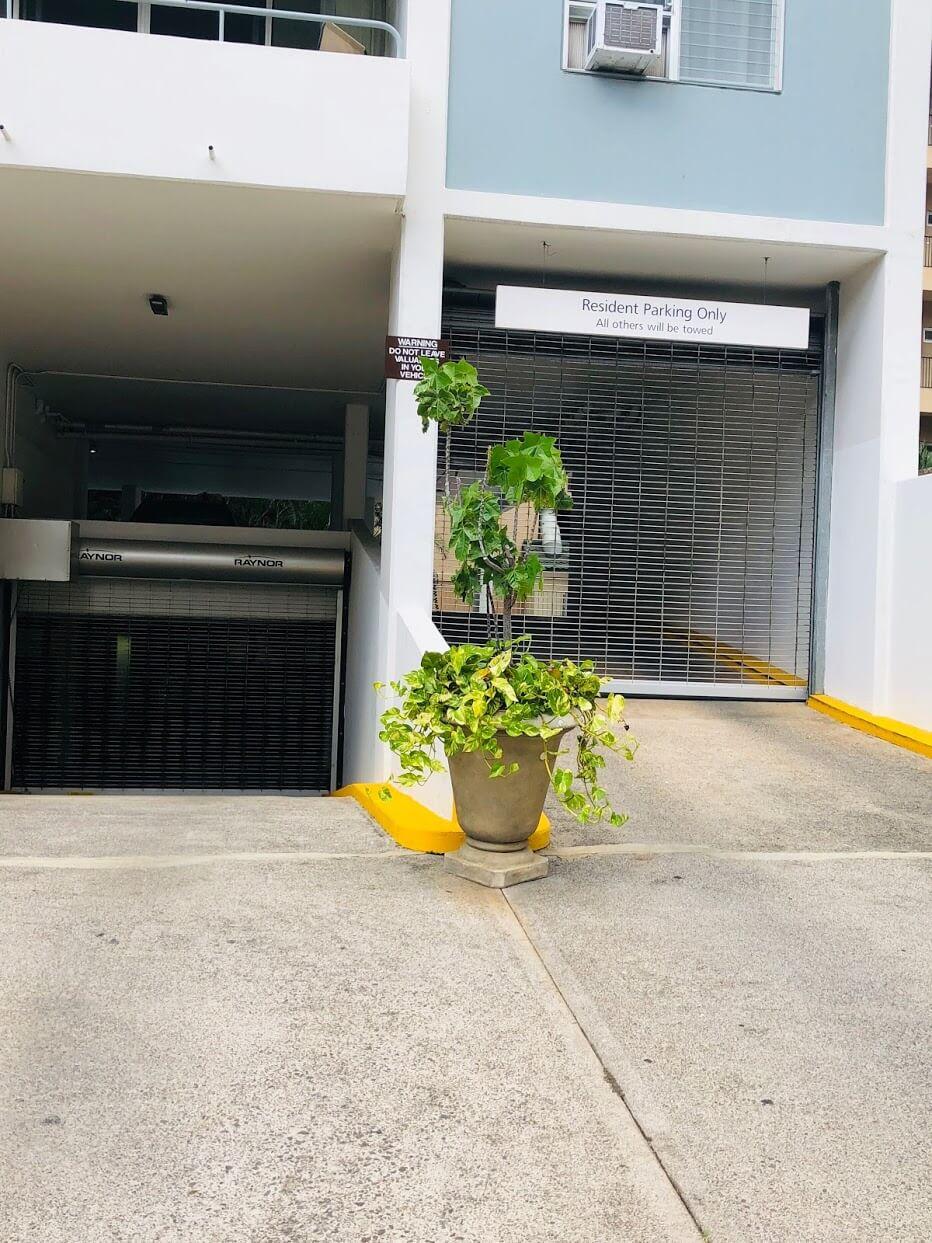 Kaiolu Sunriseの駐車場