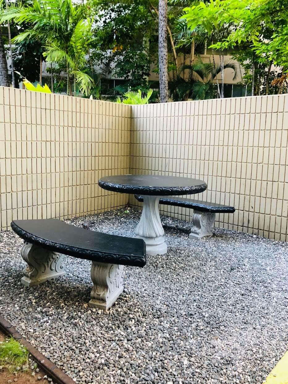 Waikiki Marinaのテーブル
