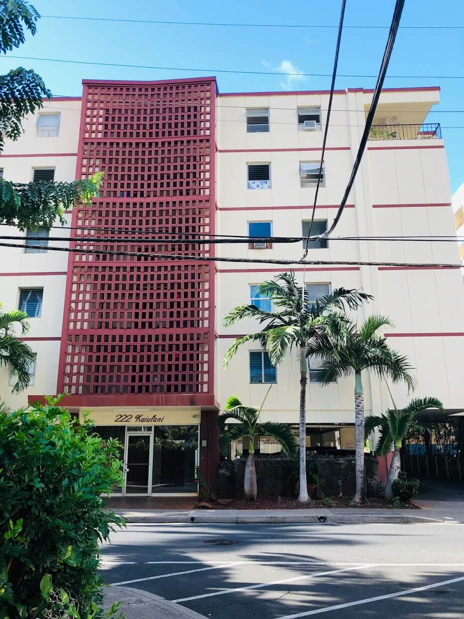 222 Kaiulani Apartmentsの外観