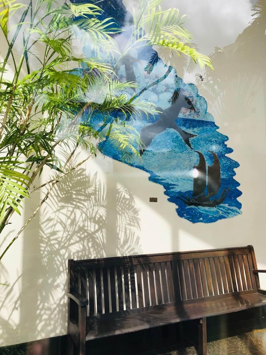 500 Ala Wai Plazaの壁画