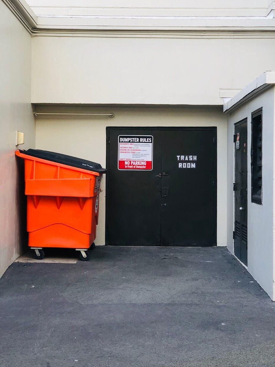 Ala Wai Coveのゴミ箱