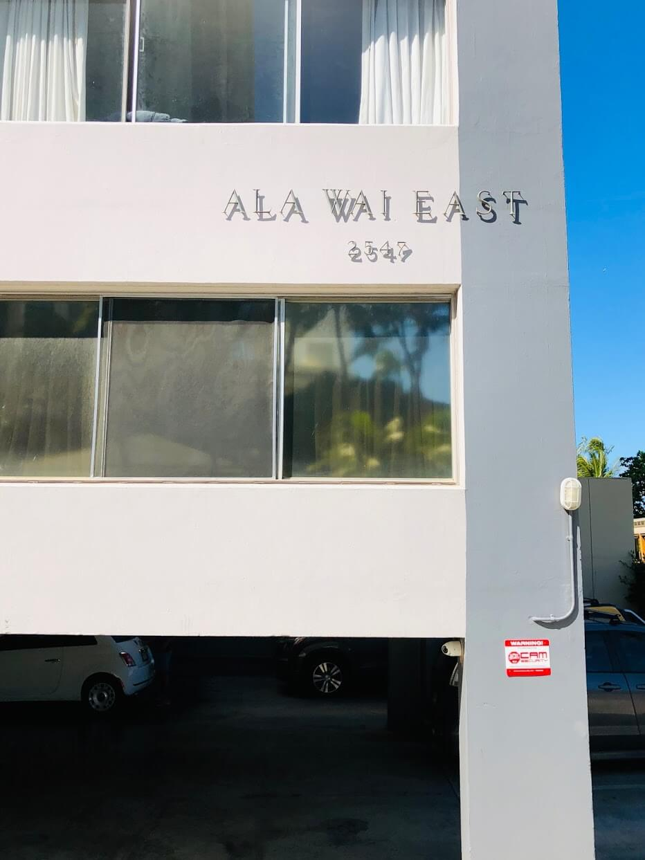 Ala Wai Eastの外観
