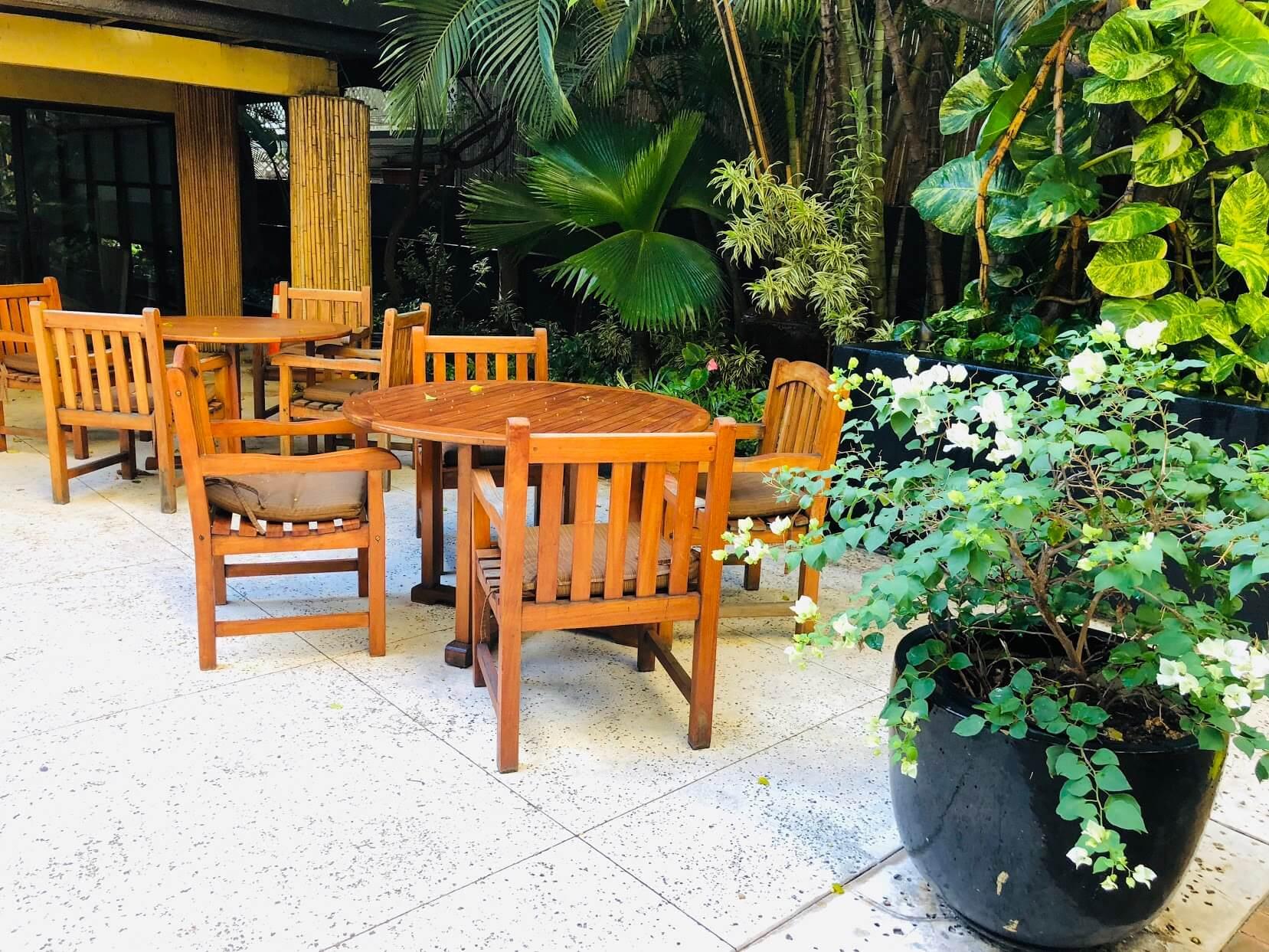 Bamboo Waikikiのテラス
