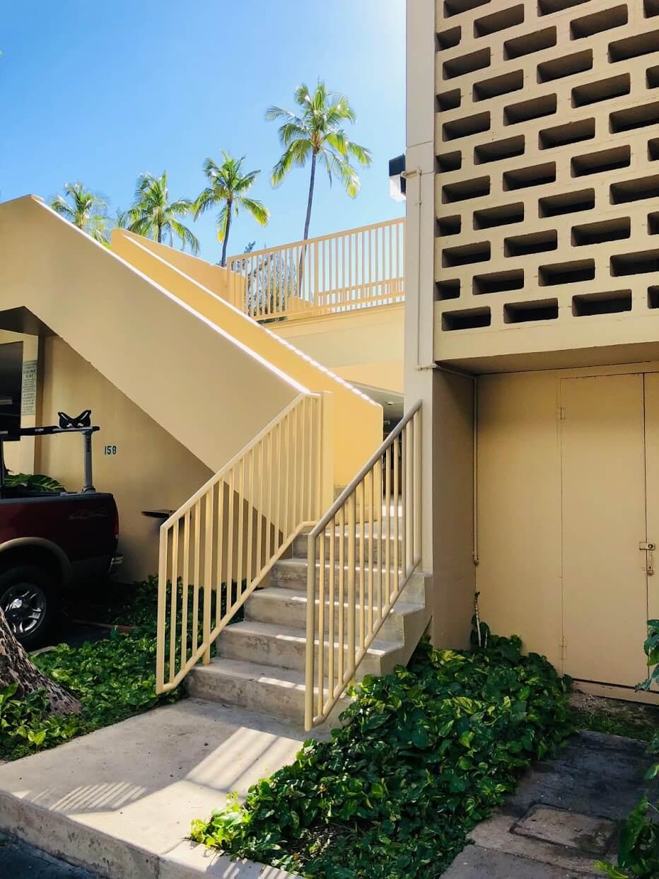 Colony Surfの階段