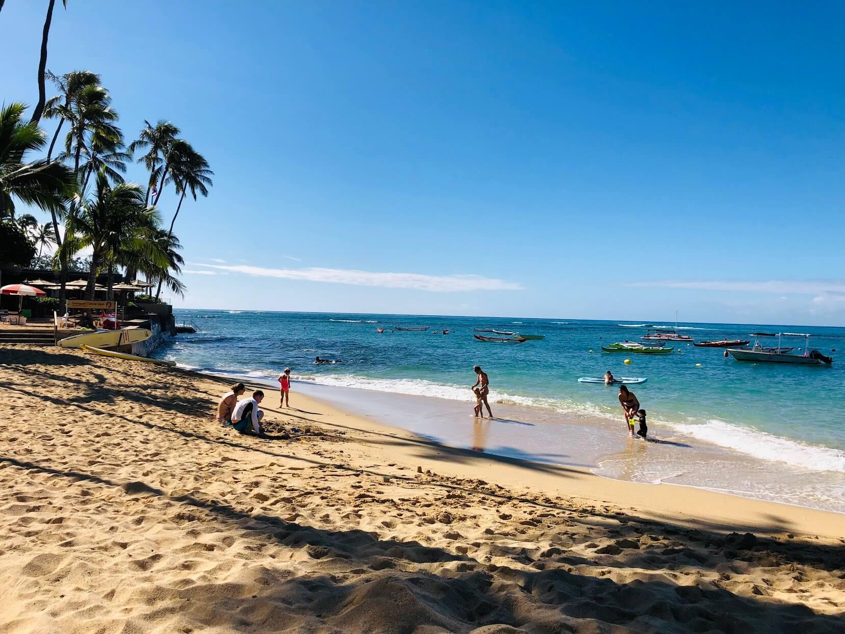 Colony Surfのビーチ