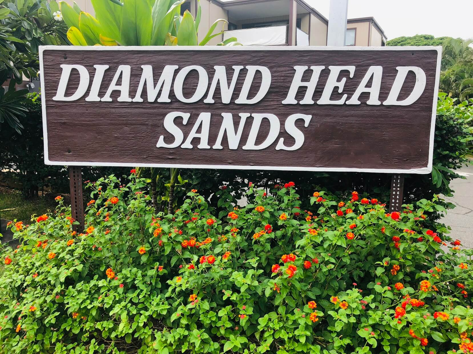 Diamond Head Sandsの看板