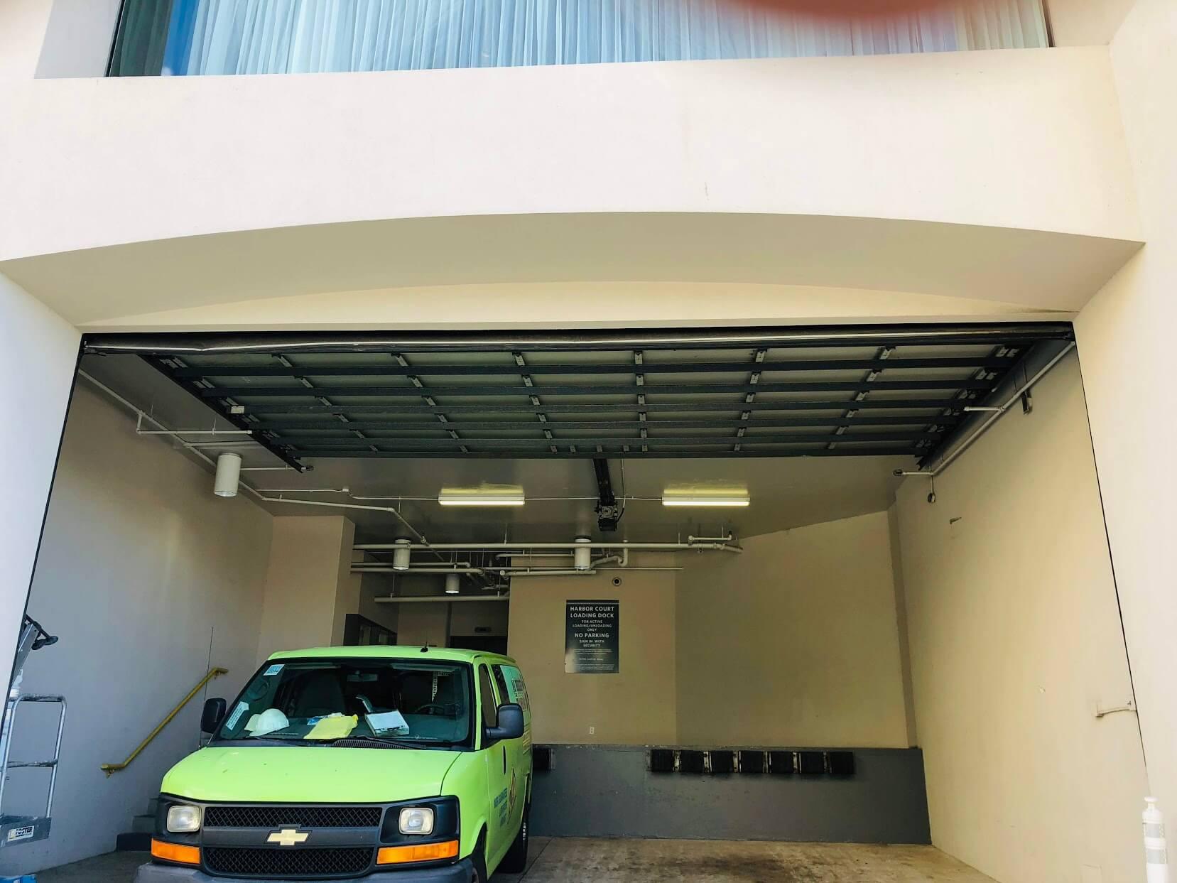 Harbor Courtの駐車場