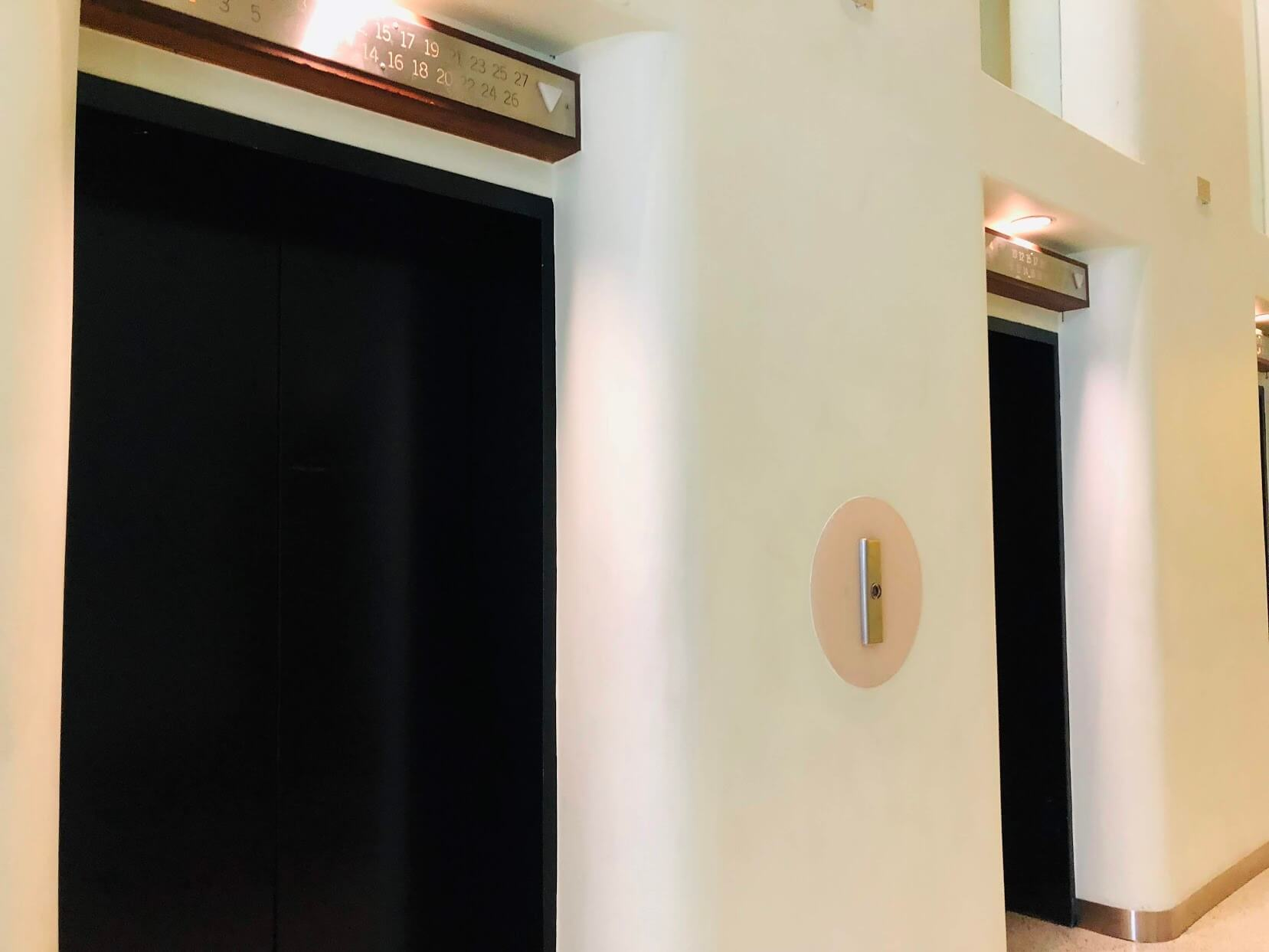 Harbor Squareのエレベーター