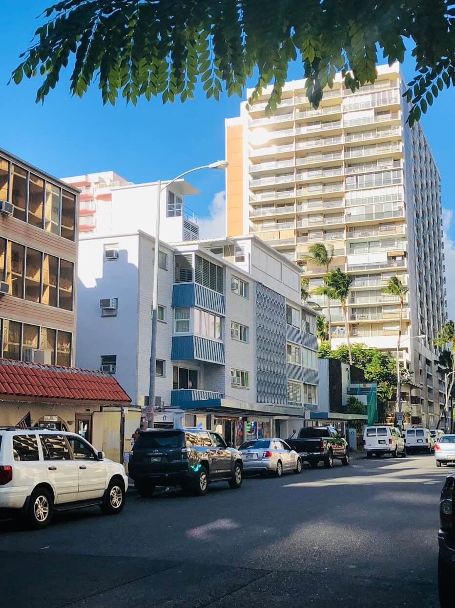 Hawaiian Prince Apartmentsの外観