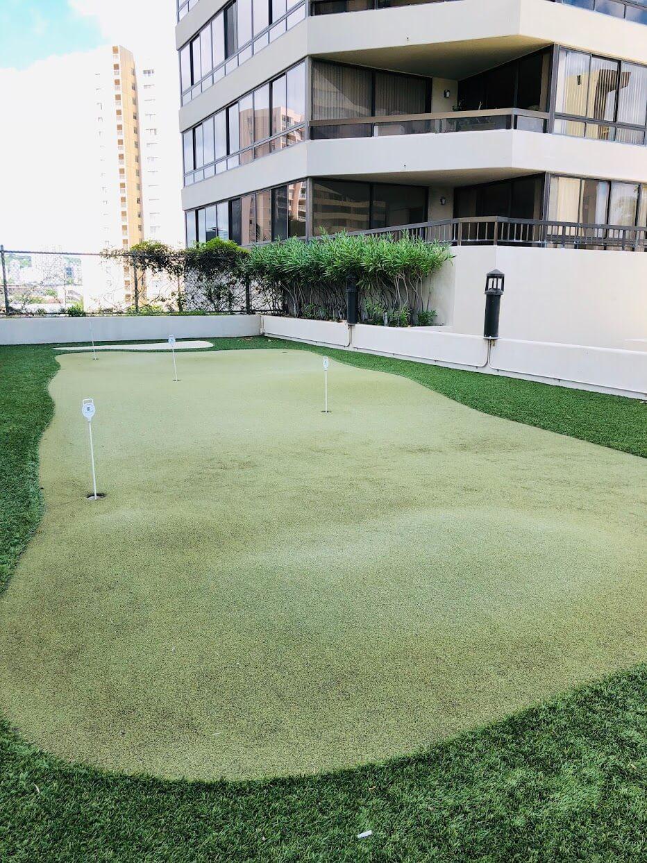Iolani Court Plazaのゴルフコース