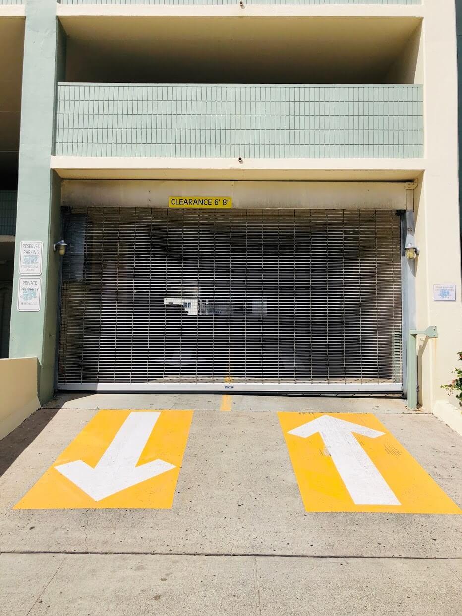 Kaimana Lanaisの駐車場