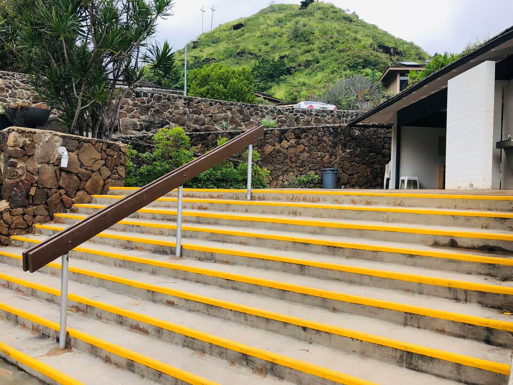 Kalani Iki Estatesの階段