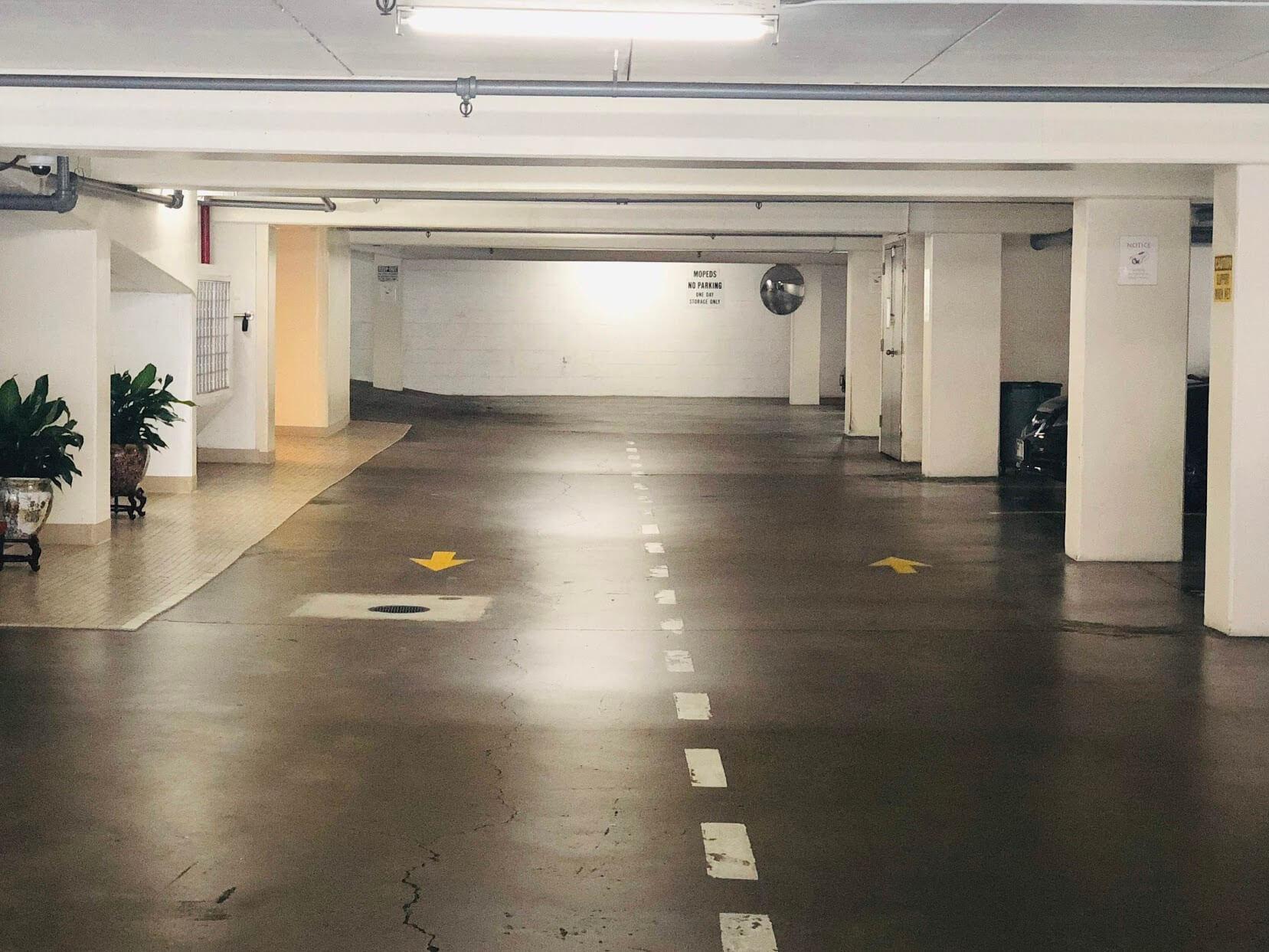 King Manorの駐車場