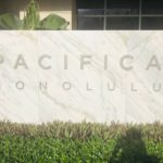 Pacifica Honoluluの看板