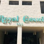 Royal Courtの看板