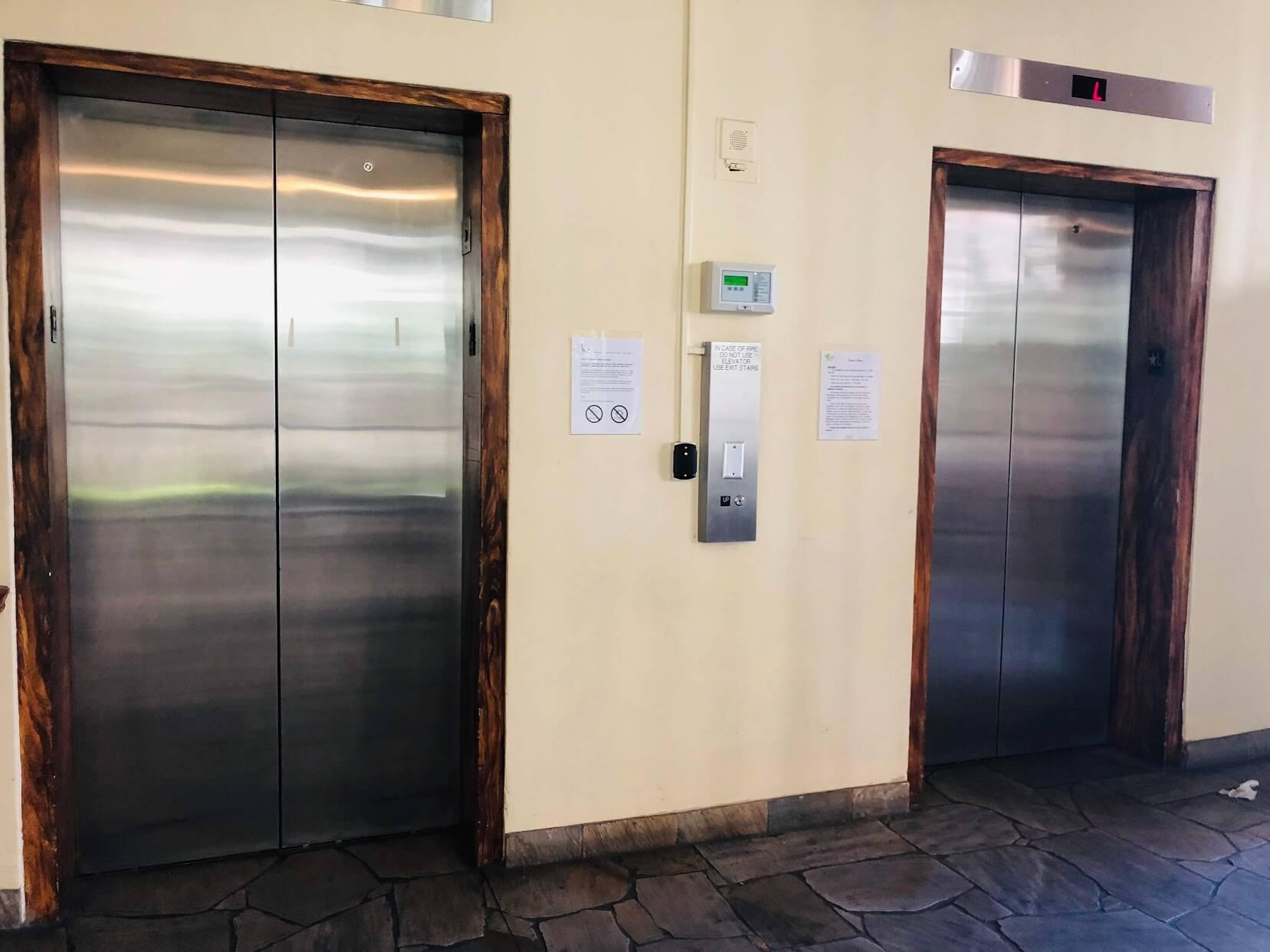 Seaside Towersのエレベーター