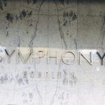 Symphony Honoluluの看板