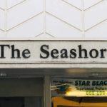 The Seashoreの看板