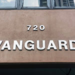 Vangard Loftの看板