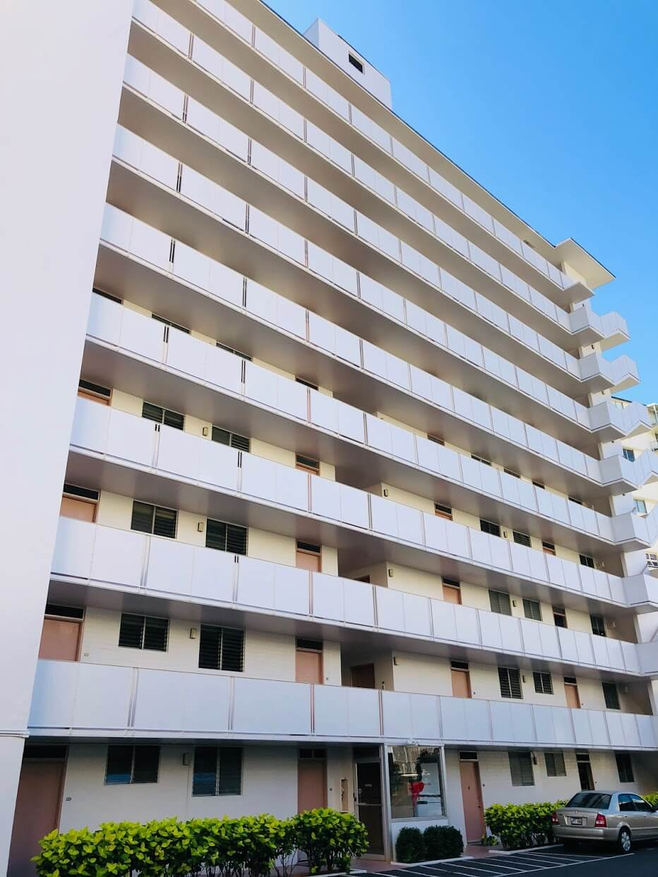 Waikiki Imperial Apartmentの外観