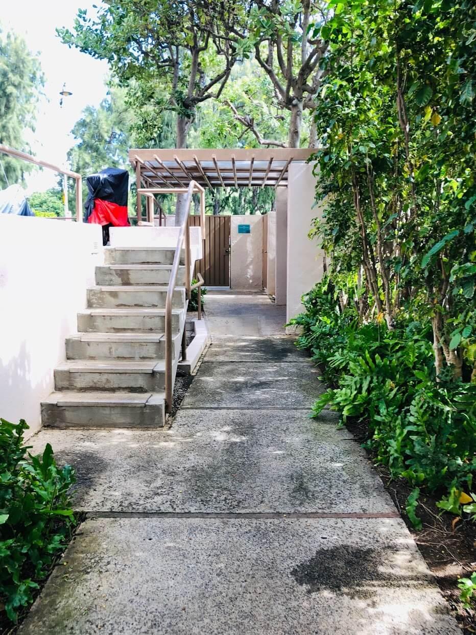 2987 Kalakauaの階段