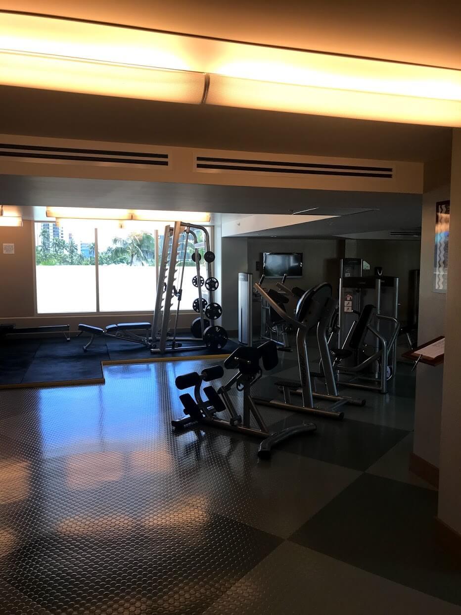 AllureWaikikiのトレーニングルーム
