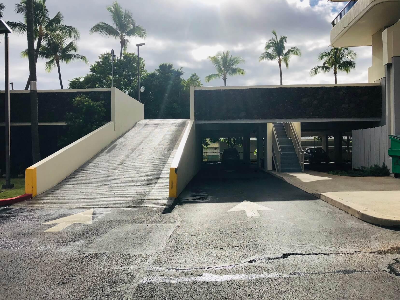 Contessaの駐車場