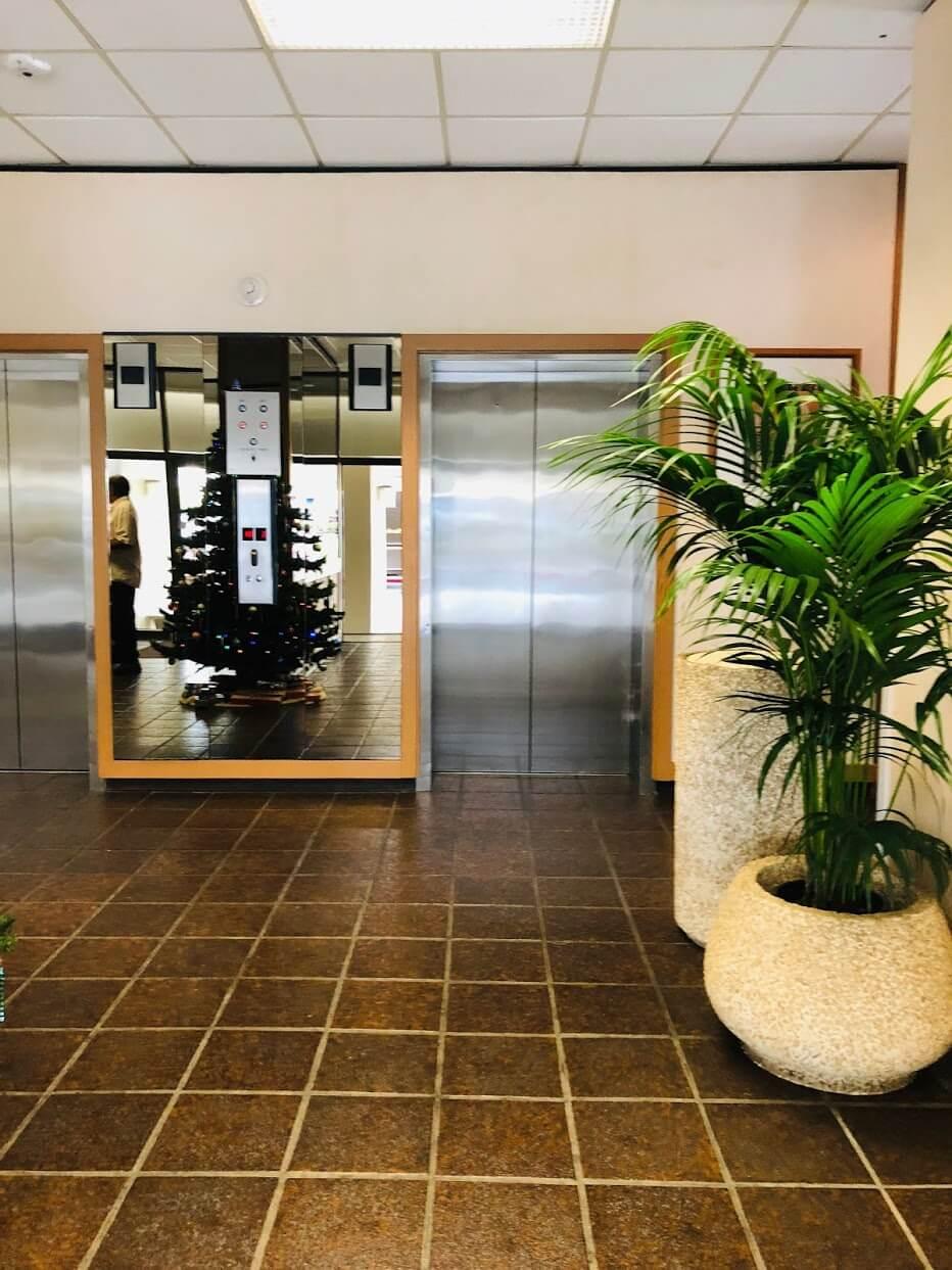 Contessaのエレベーター