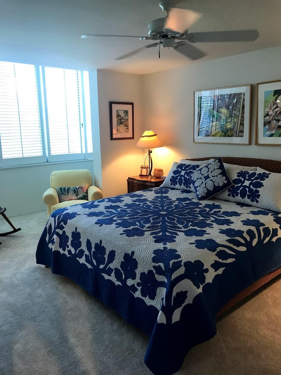 Diamond Head Apartmentsのベッド