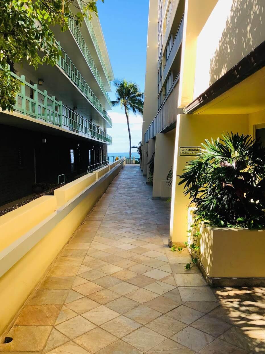 Diamond Head Beach Hotelの外観
