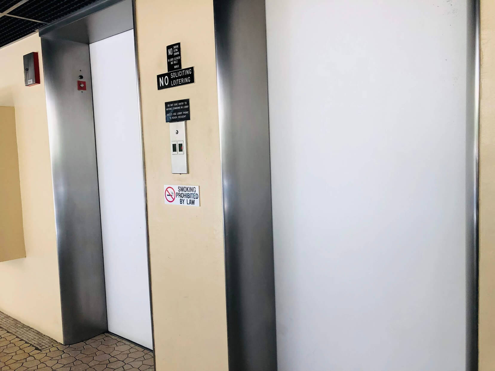 Governor Cleghornのエレベーター