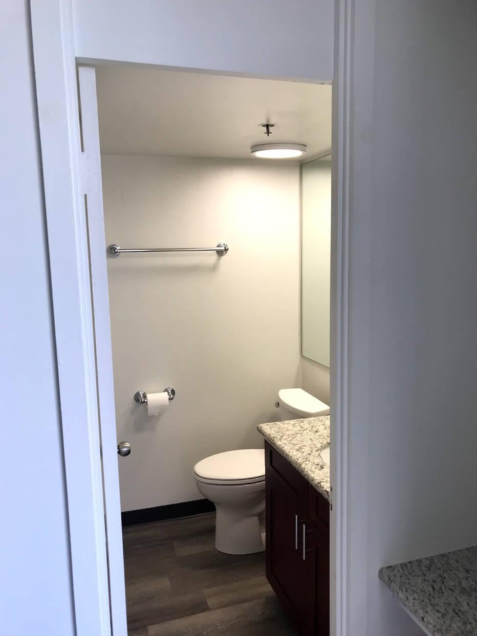 Marine Surf Waikikiのトイレ
