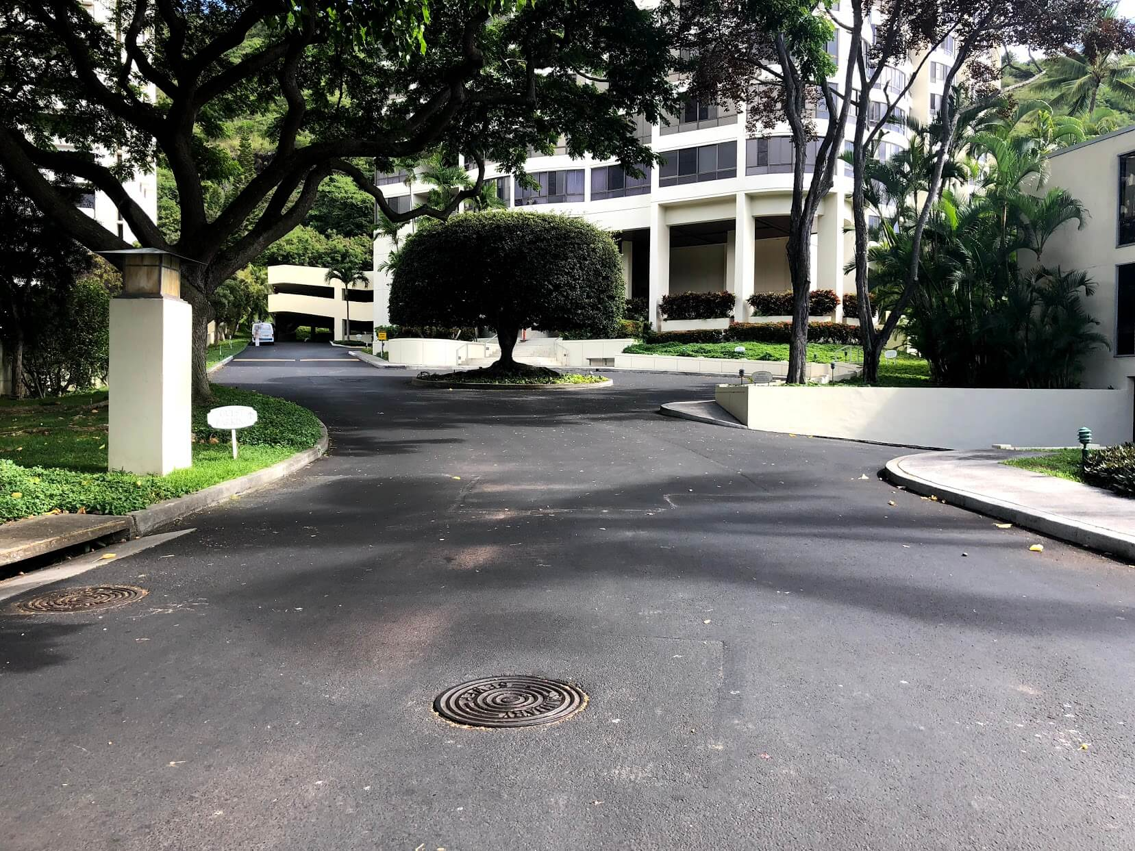 Plaza Hawaii Kai 6770の道路