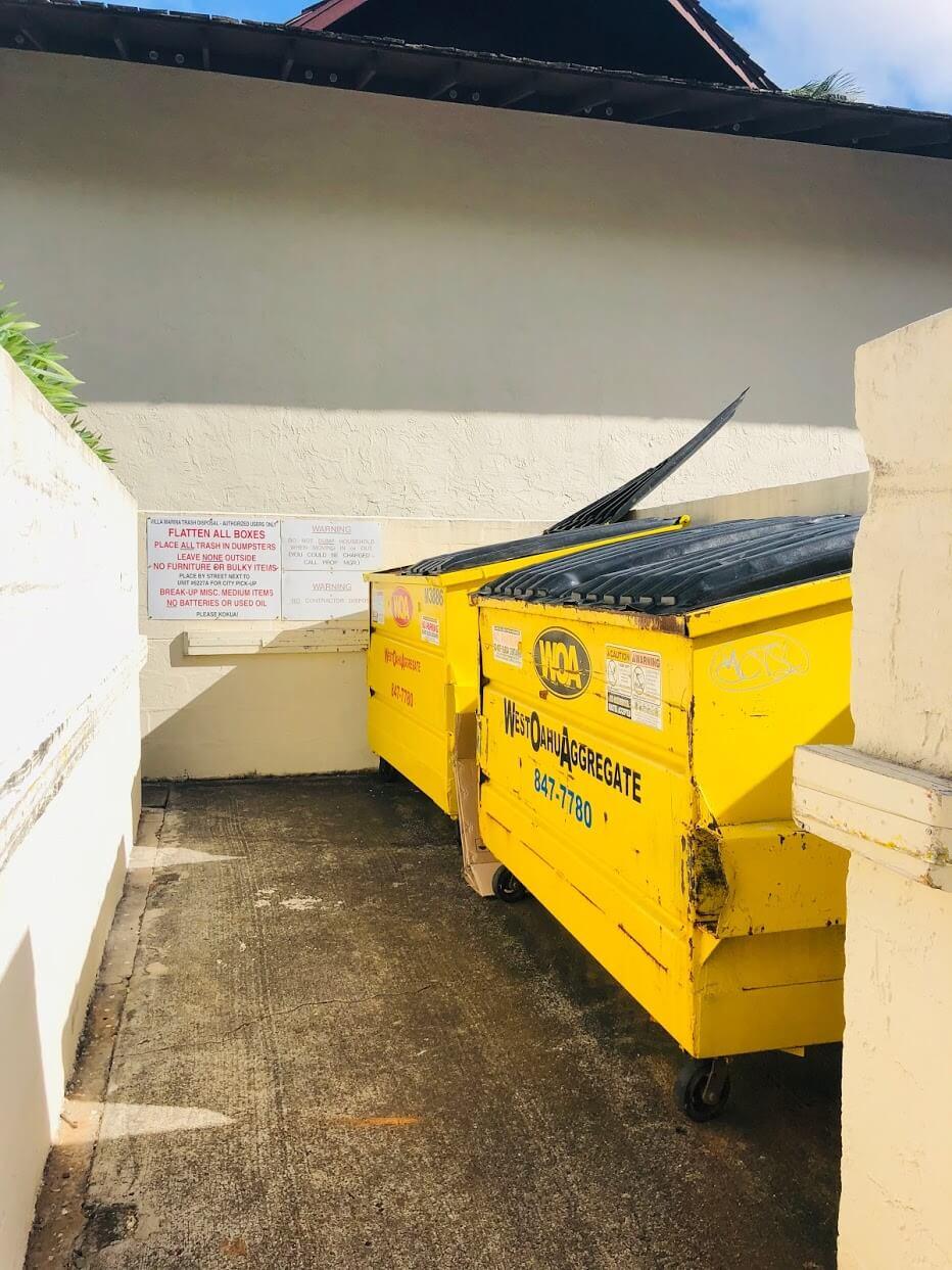 Villa Marinaのゴミ箱