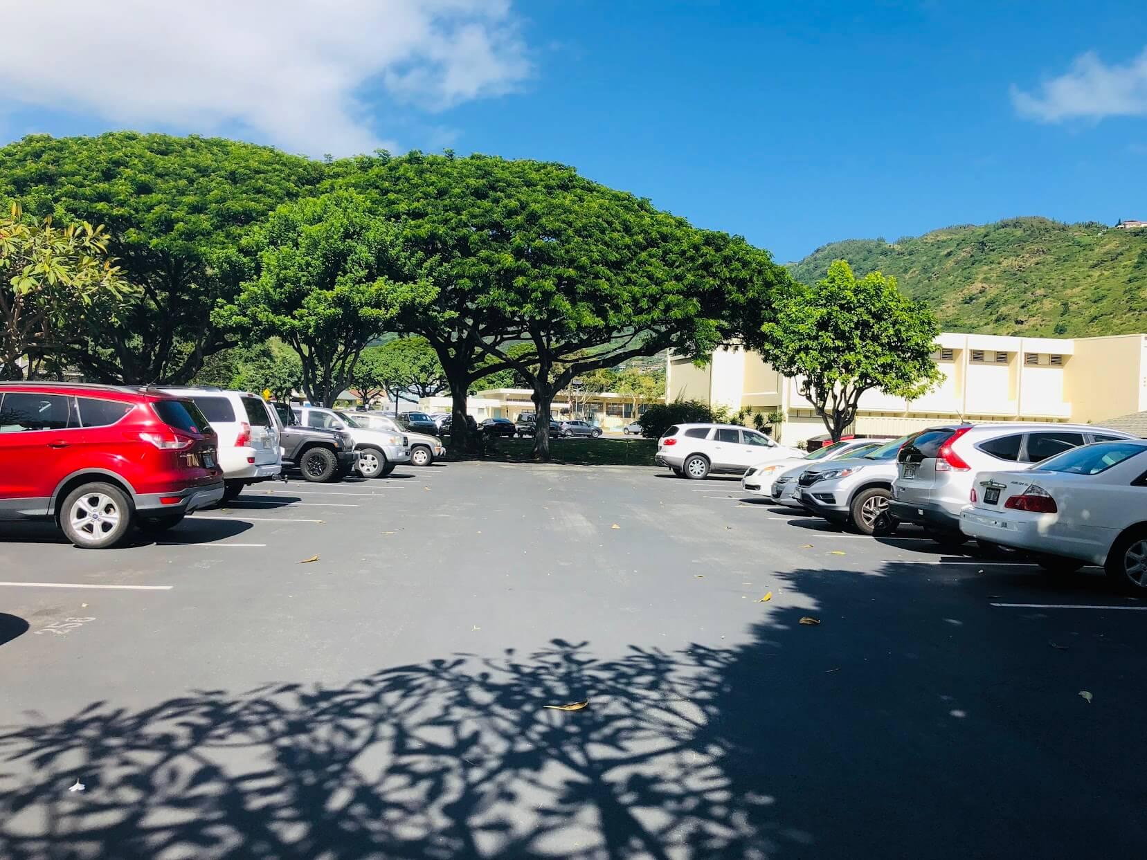 Village Greenの駐車場