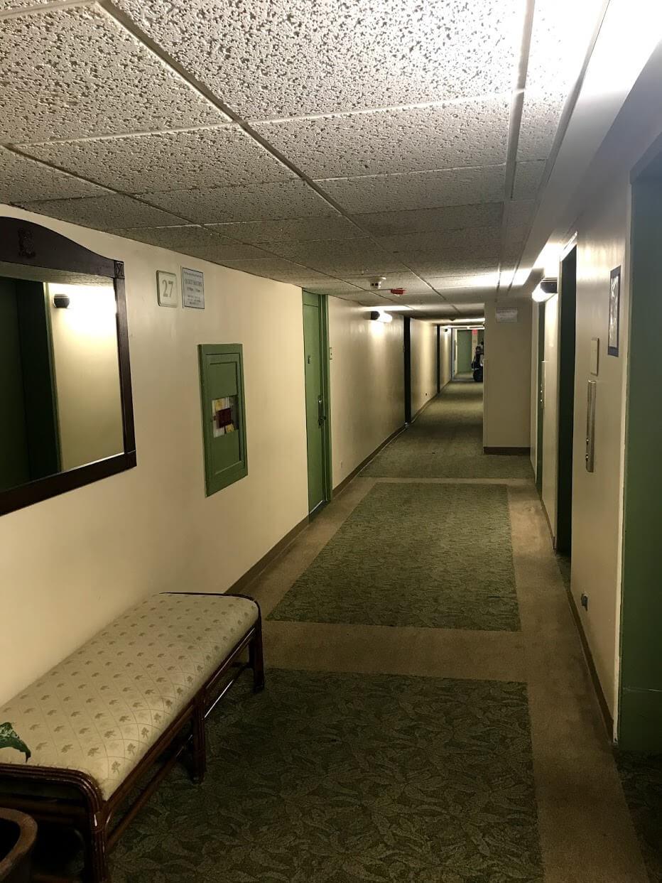 Waikiki-Sunsetの廊下